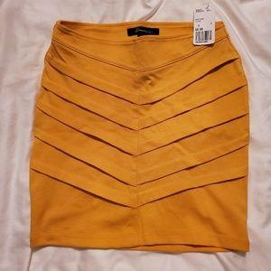 NWT forever 21 yellow chevron miniskirt